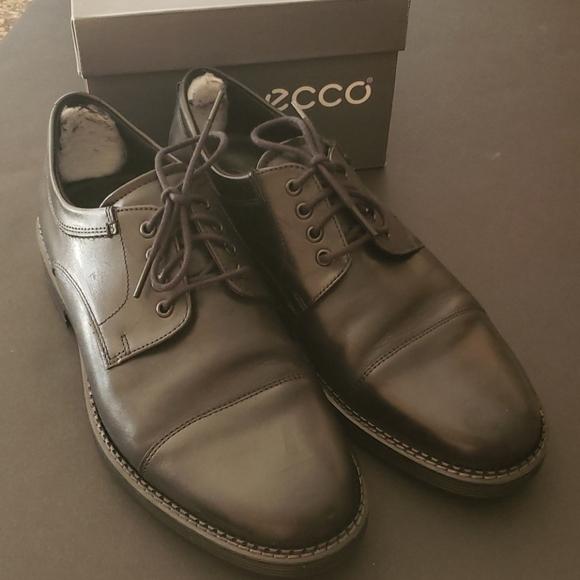 ECCO Newcastle Cap Toe Black Lace Shoes 9